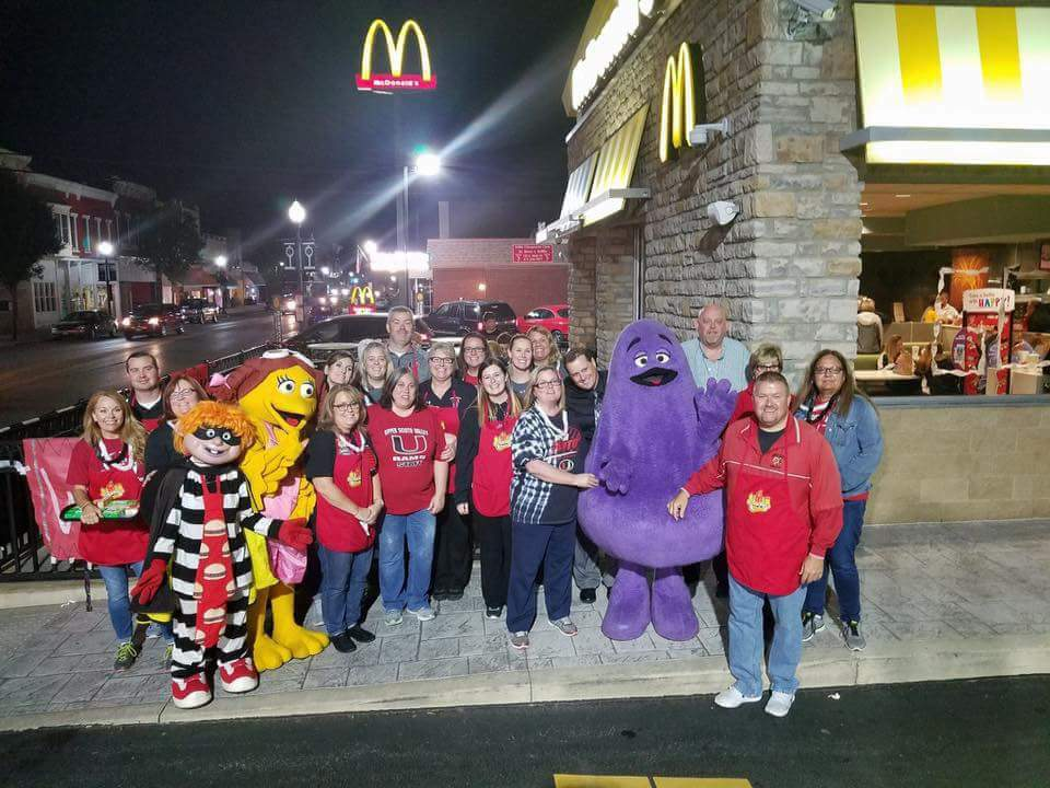 McDonalds Night Image