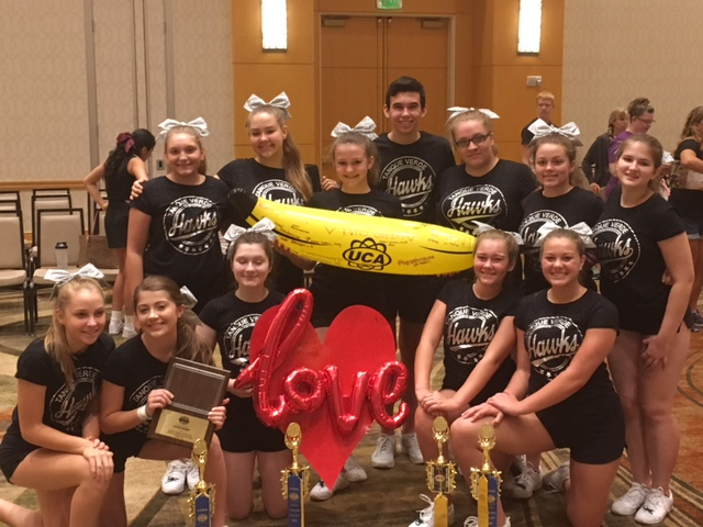 cheerleaders with top banana spirit award